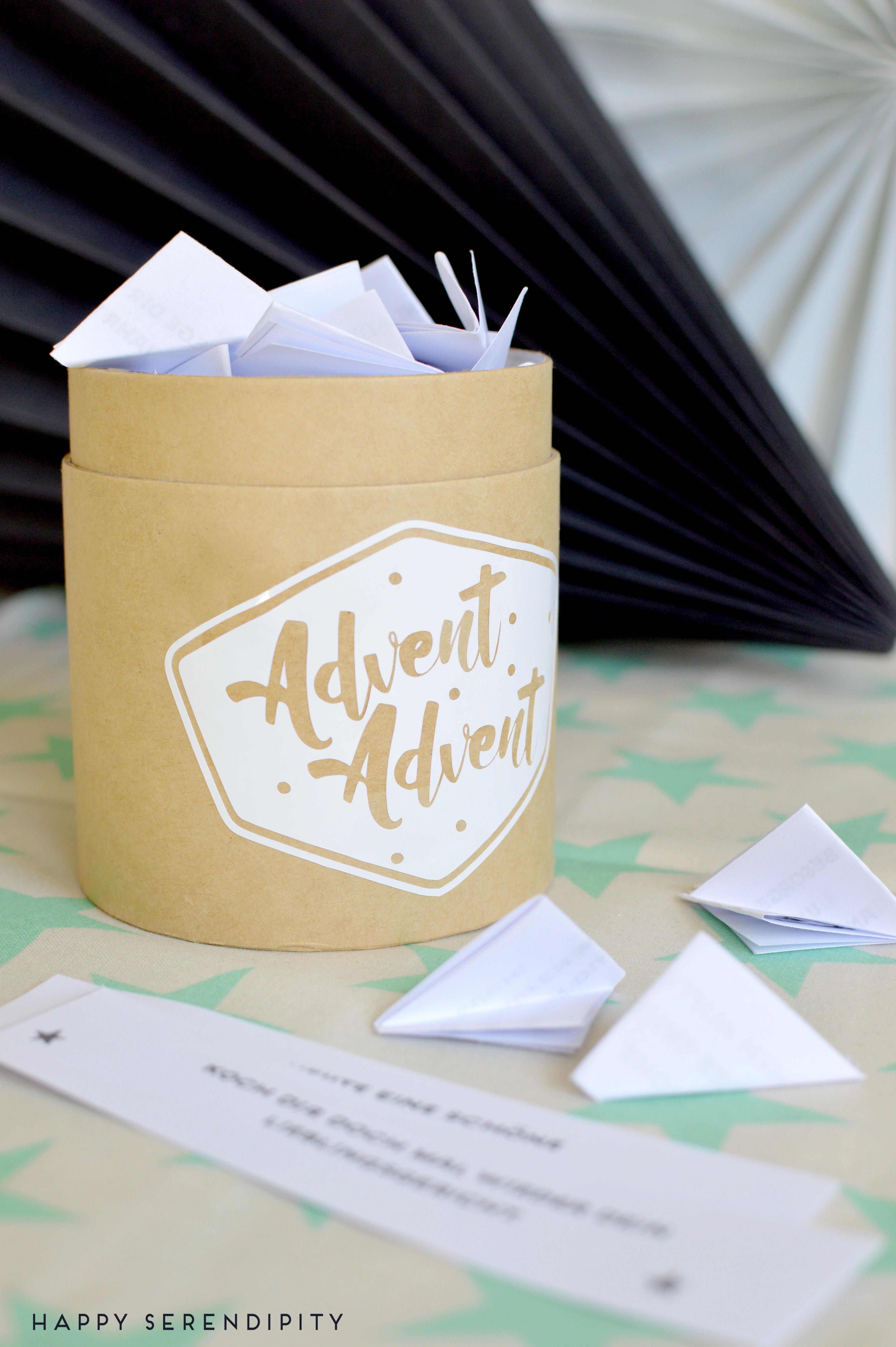 Ein wunderbarer Adventskalender für mehr Achtsamkeit im Advent. Eine DIY Anleitung mit kostenlosem PDF zum ausdrucken von Happy Serendipity