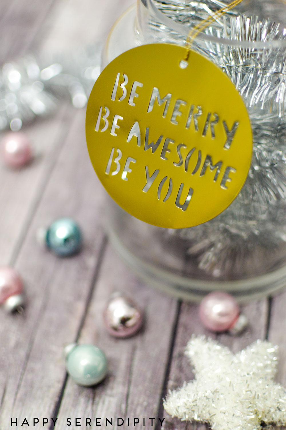 schreibe auf was dir guttut und mache dir selber jeden tag im dezember eine freude, wohlfuehl adventskalender, der etwas andere adventskalender für mehr achtsamkeit von happy serendipity