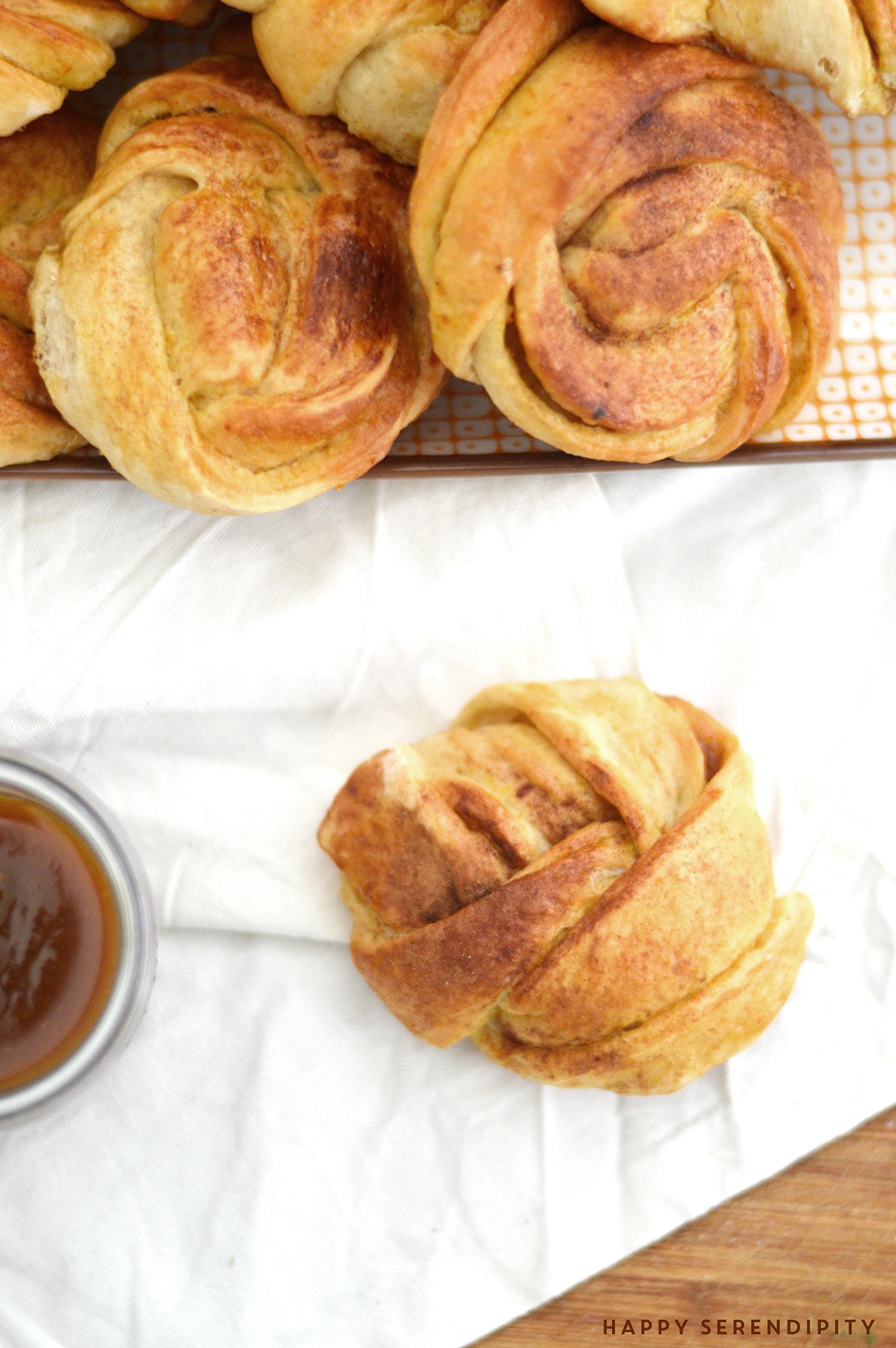 rezept für kürbisknoten die besonders lecker zum frühstück sind | ein rezept von happy serendipity